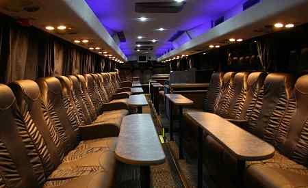 The Reference VIP Lounge, vipbus 30 tot 50 personen huren