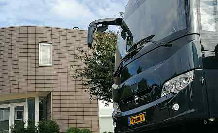 Luxury bus rental Amsterdam