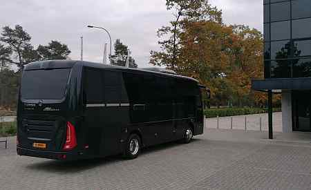 Rent u luxury bus in Amsterdam