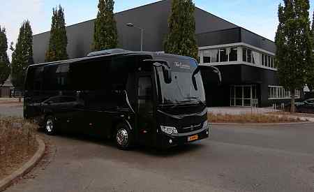 Luxury bus rental schiphol airport