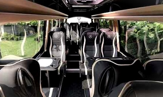 16 persoons vipbus